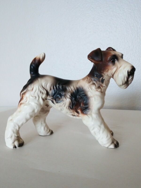Vintage Beautiful Wire Hair Fox Terrier Porcelain Figurine