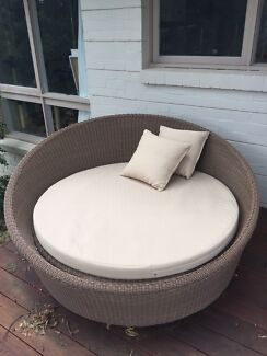 Outdoor chair / seat plus cushions