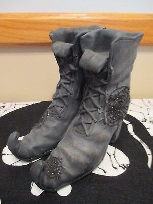 Witch's Boots Tea Light Holder Halloween -Witch Crafters-NWT-Yankee Candle Style