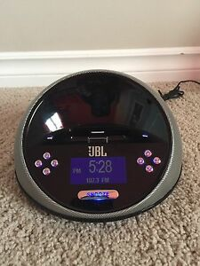 JBL Radio Alarm Clock w/ iPod Dock