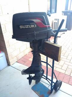 6HP Suzuki Outboard Motor, Fuel Tank and Stand