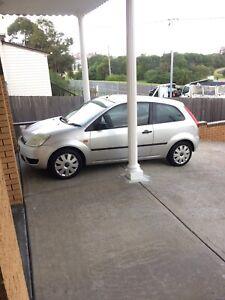 2005 Ford Fiesta...Low k's