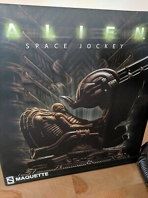 - Alien Space Jockey Maquette by Sideshow- Limited Edition