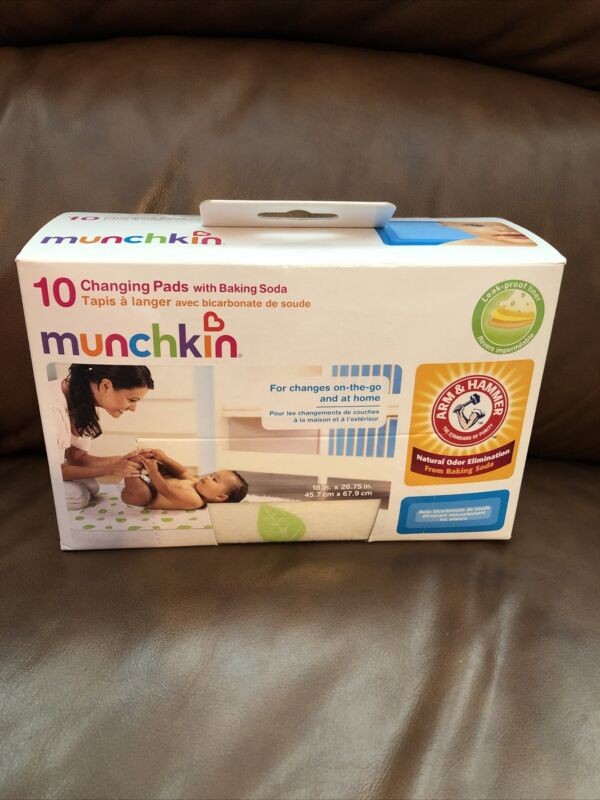 Munchkin Arm And Hammer Disposable Changing Pads with Leak Proof Liner 10 Count