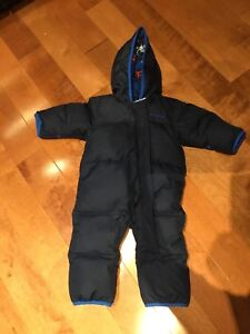 Columbia Snowsuit 6 to 12 months, navy blue