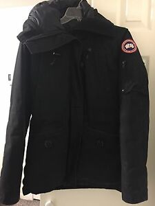 Canada goose jacket woman's medium