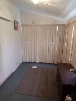 Room for rent in queanbeyan Queanbeyan Queanbeyan Area Preview