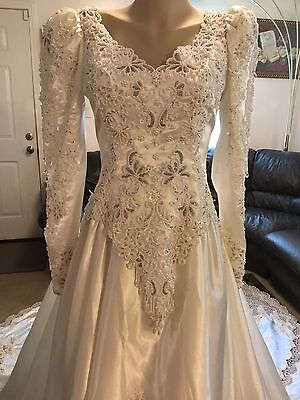 Exquisite Vintage Pearl Beaded, Sequins And Lace Wedding Gown Size 6