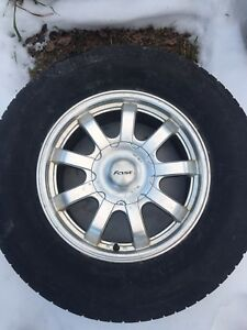 Ford Expedition f150 snow tires aluminum rims 255 70R17