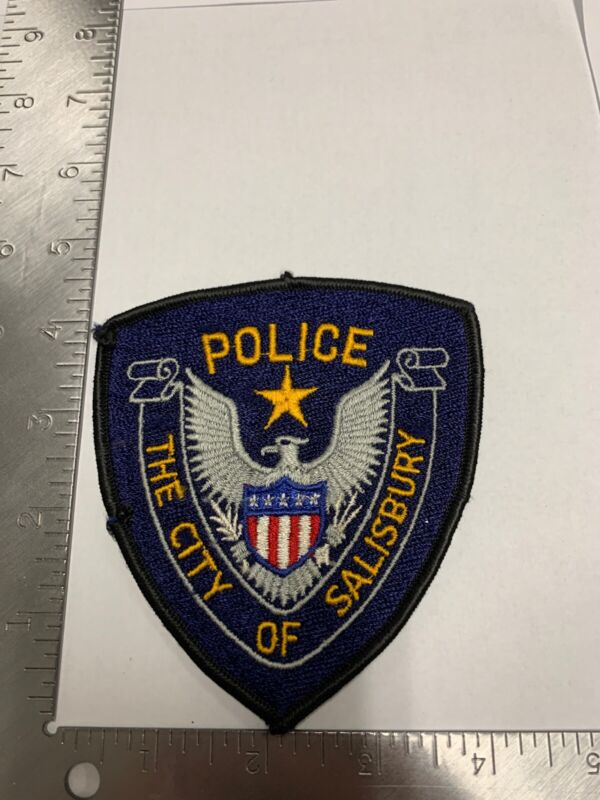 COLLECTABLE  POLICE CITY OF SALISBURY SHOULDER PATCH