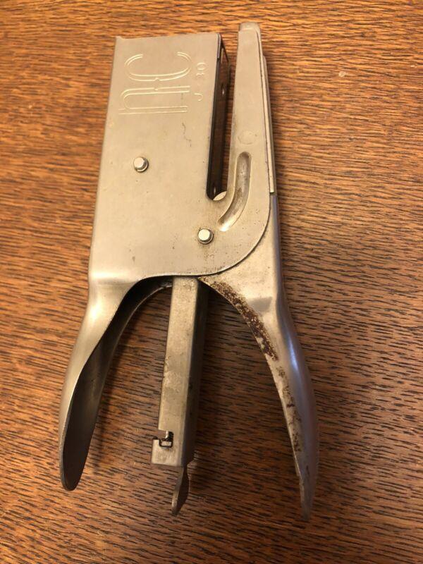 Neva Clog Stapler Vintage handheld Working