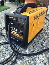 Ozito gassless mig welder Rothwell Redcliffe Area Preview
