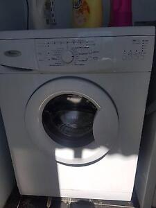 Like new Whirlpool front loader 5kg Freshwater Manly Area Preview