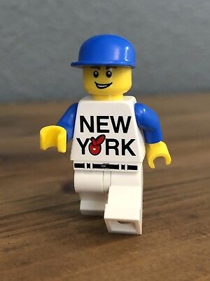 New York City Exclusive (Big🍎Logo) Rockefeller Center LEGO Store Minifigure... - Kid City Stores