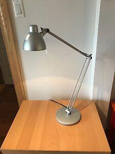 Lampe de bureau halogène