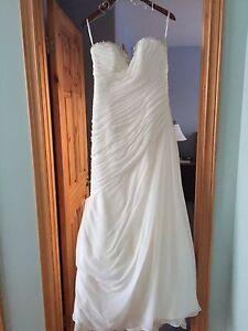 Designer wedding dress  - best offer!