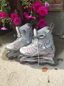 ROLLER BLADES in GREAT CONDITION • US Women's 7 ($30)