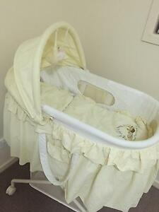 Free bassinet Manly West Brisbane South East Preview
