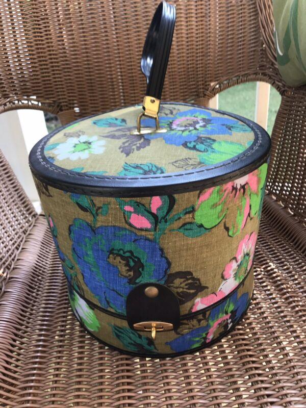 Vintage BAGMASTER Floral 🌺Hat/Wig Box Round Travel Storage Case
