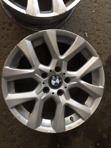 """BMW mags 17"""" original all four 140$ only moving sale"""