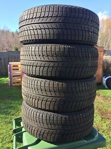 p215/55/16 inch Michelin Winter Tires / LOTS OF TREAD