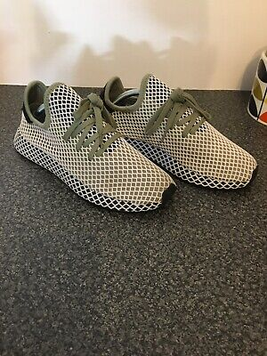 Adidas Deerupt Runner In Size 9!!  Worn Once Mint Condition