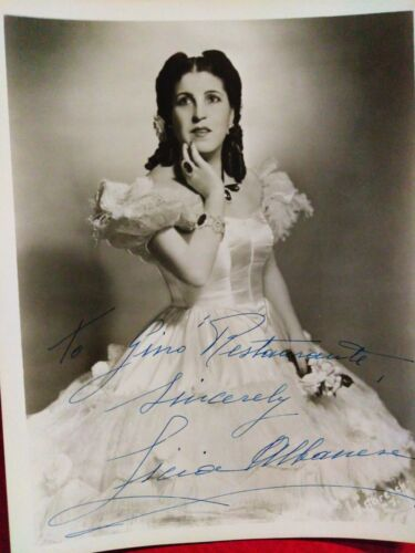 Autographs Licia Albanese signed photo to the owner of restaurant Gino
