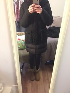 Women's North Face Parka - Size small