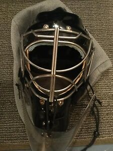 MENS GOALIE EQUIPMENT - EVERYTHING INCLUDED