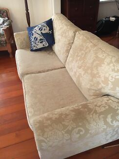 Lounge / sofa bed
