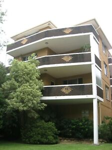 2 rooms at summer hill. single room$150/w. master room$200/w