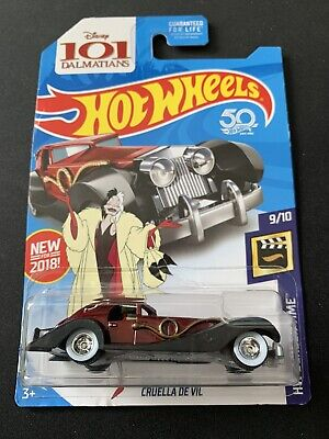 2018 HOT WHEELS CRUELLA DE VIL SUPER TREASURE HUNT W/PROTECTOR