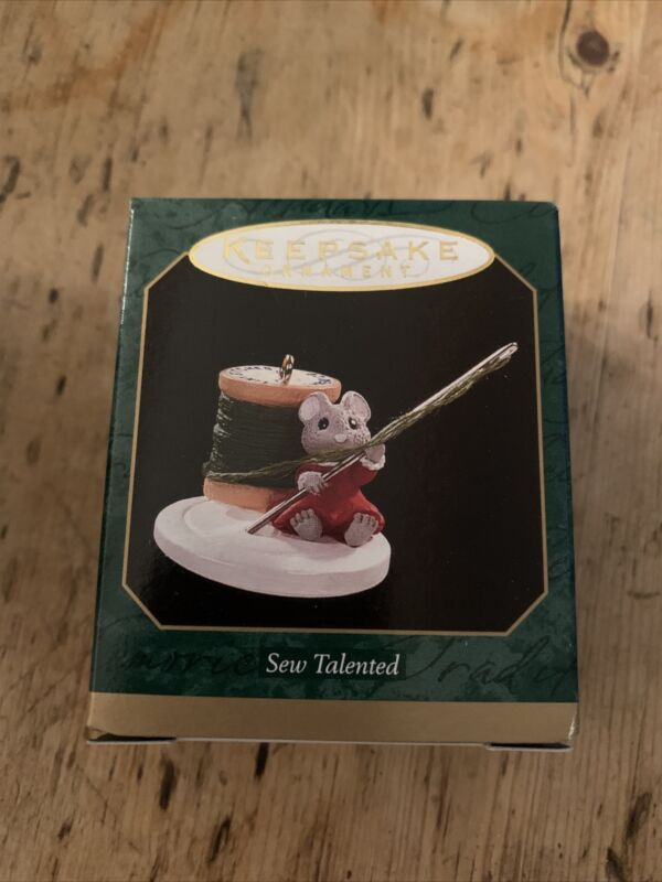 Hallmark Sew Talented Keepsake Miniature Ornament 1997 Mouse Needle New