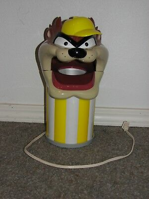 Vintage Taz, Tazmanian Devil Popcorn Popper slightly used, very good condition