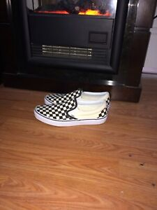 Men's Checkered Vans size 10.5