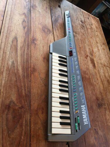 Vintage Yamaha shs10 keytar.