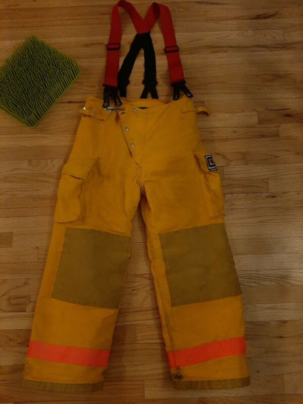 ChiefTain Firefighters Pants Trouser Turnout Gear Fireman Size M Authentic 35M