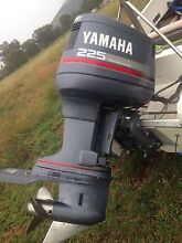Yamaha 225v6 outboard motor less than 80 hours East Tamworth Tamworth City Preview