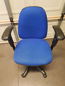 2x student desk chairs Pascoe Vale South Moreland Area Preview