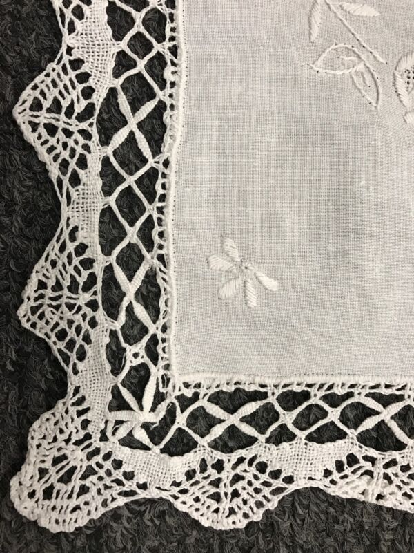 """16x36"""" Embroidery Handmade White Bobbin Lace 100% Cotton Tablecloth Runner"""