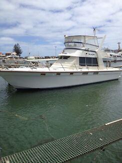 NORTHSHORE 44 FLYBRIDGE CRUISER..$145000.00...VERY NEGOTIABLE!!!! Tarcoola Beach Geraldton City Preview