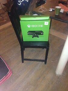 Xbox one parfait état 2jeux nhl 17 et call of duty i
