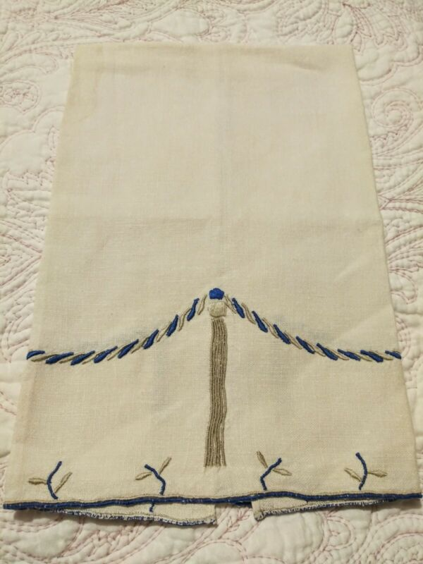 "Beautiful Rope & Tassel Design Madeira Embroiderd Linen Hand Towel 21"" x 13 1/2"""