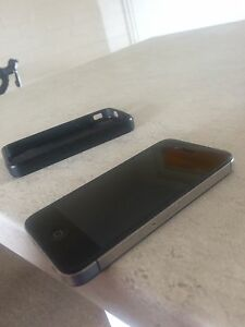 Unlocked black iPhone 4S 16gb Victoria Park Victoria Park Area Preview