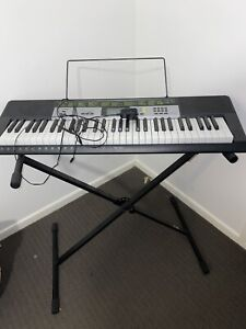 Casio lk 135 keyboard piano