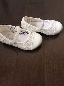 Baby girl white shoes size 5
