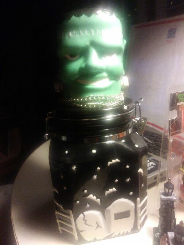 Universal Monsters, Frankenstein, Cookie Jar, HERITAGE MINT,  **RARE** NEW