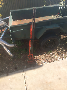 High lift jack and front and rear roll bars Noarlunga Centre Morphett Vale Area Preview