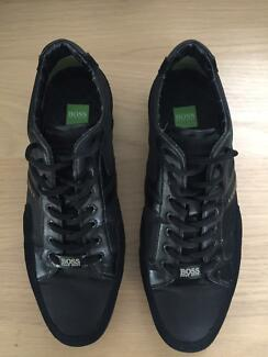 Men's Hugo Boss trainers, UK size 9. Used but very good conditioN