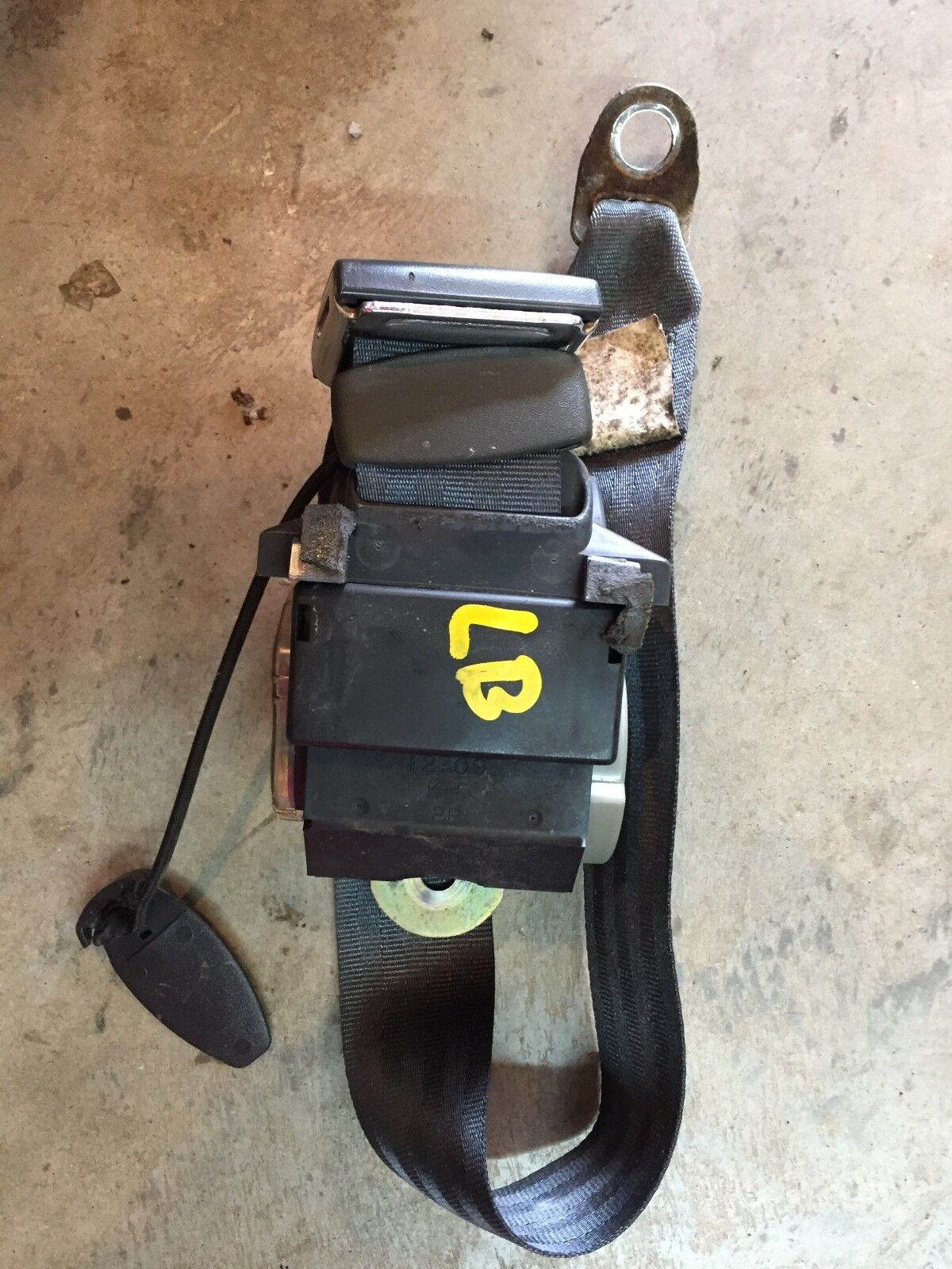 Used Pontiac Grand Am Seat Belts And Related Parts For Sale 1998 1996 Coupe Drivers Rear Belt Gray Left